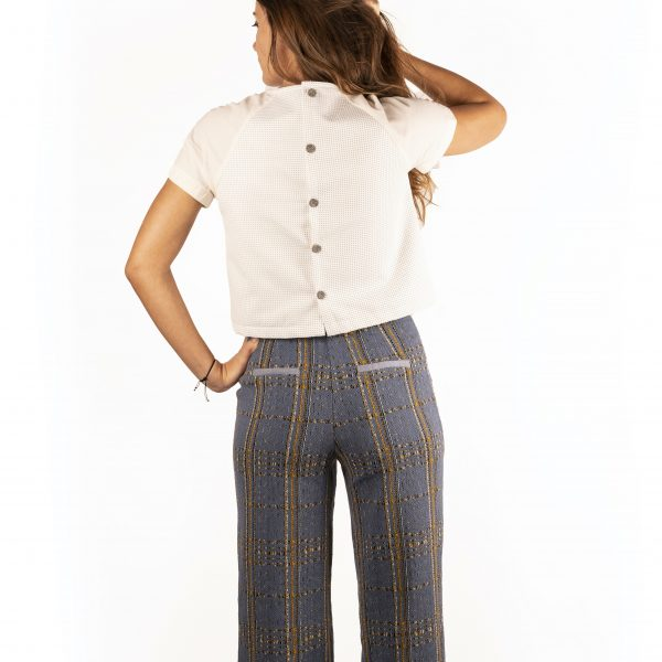 croptop-petillante-pantalon-iconique-dos