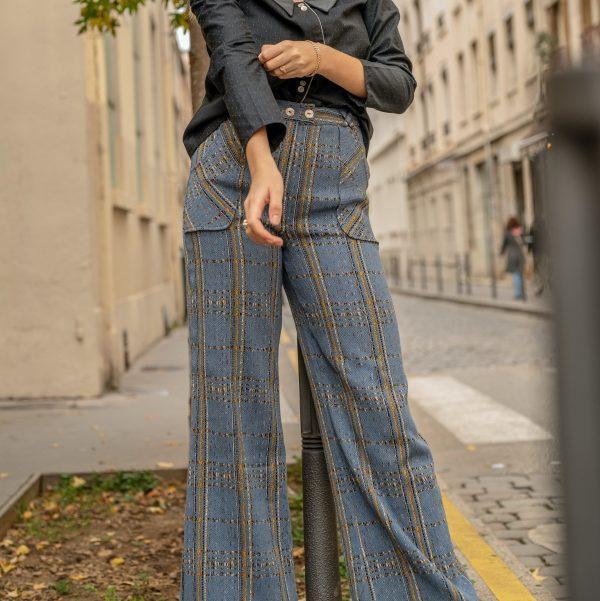 look-chemise-seduisante-pantalon-iconique-rue-de-lyon