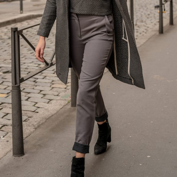 look-manteau-idependante-croptop-sophistiquee-pantalon-curieuse-rue-de-lyon
