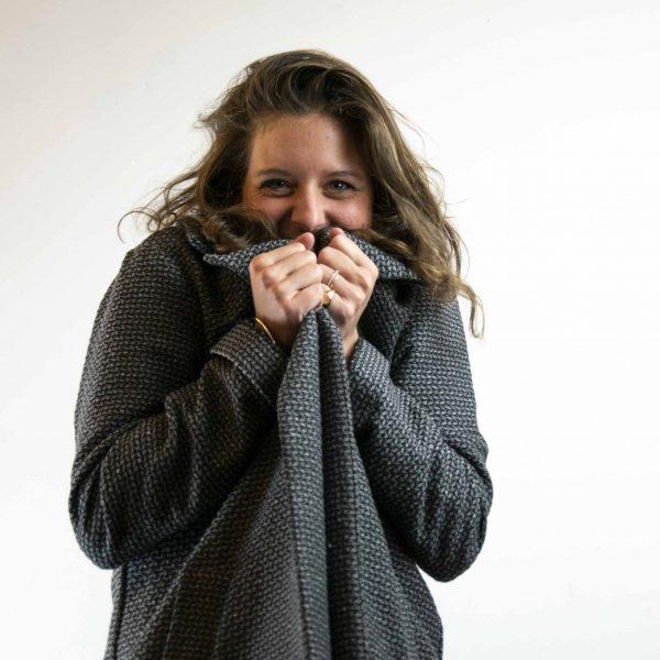 manteau-independante-tout-chaud-sourire