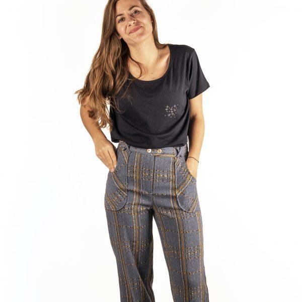 teeshirt-reveuse-pantalon-iconique-devant