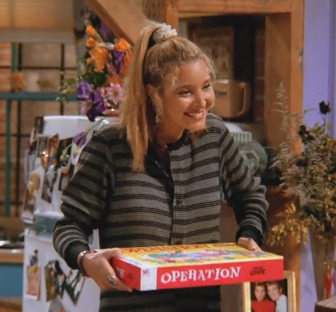 phoebe portant un chouchou dans Friends