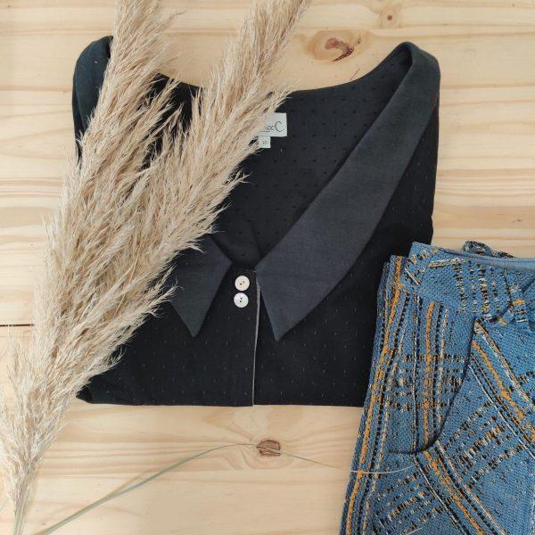 ensemble-plie-chemise-seduisante-pantalon-iconique