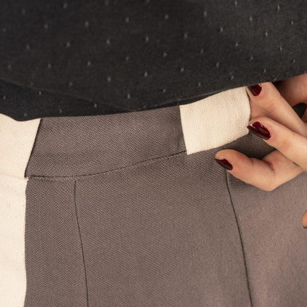 pantalon-fascinante-detail-passant-dos