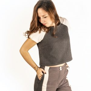 croptop-sophistiquee-pantalon-fascinante-zoom
