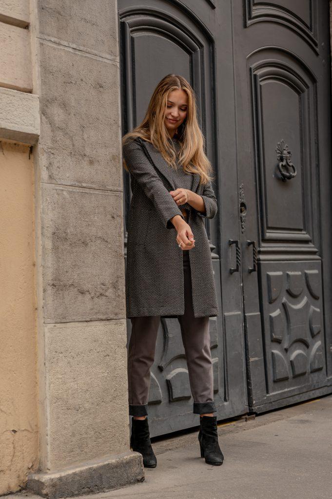 lookbook-manteau-independante-pantalon-curieuse-rue-de-lyon